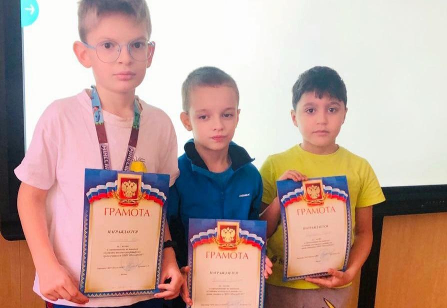 Блицтурнир по шашкам прошел в Марушкинском