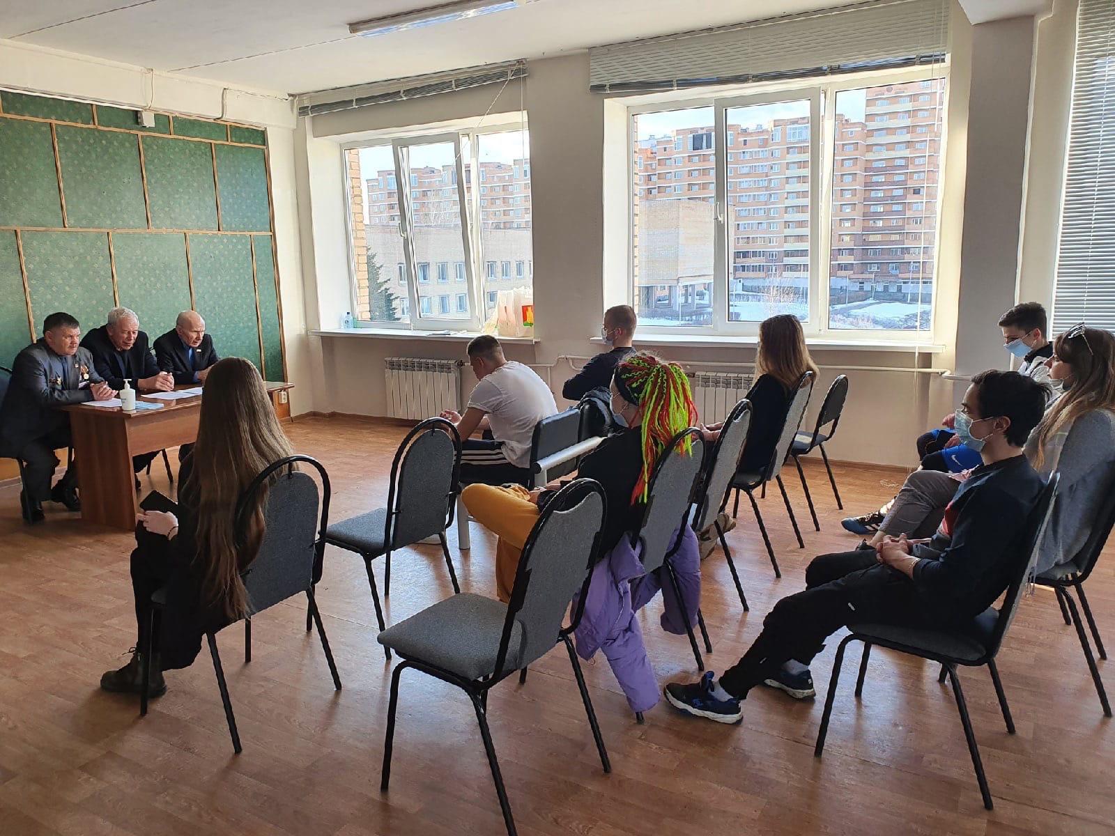 Заседание Молодежной палаты состоялось в поселении Михайлово-Ярцевское