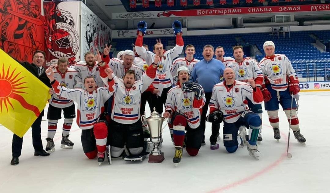 Краснопахорские хоккеисты стали победителями турнира на Кубок четырех глав поселений