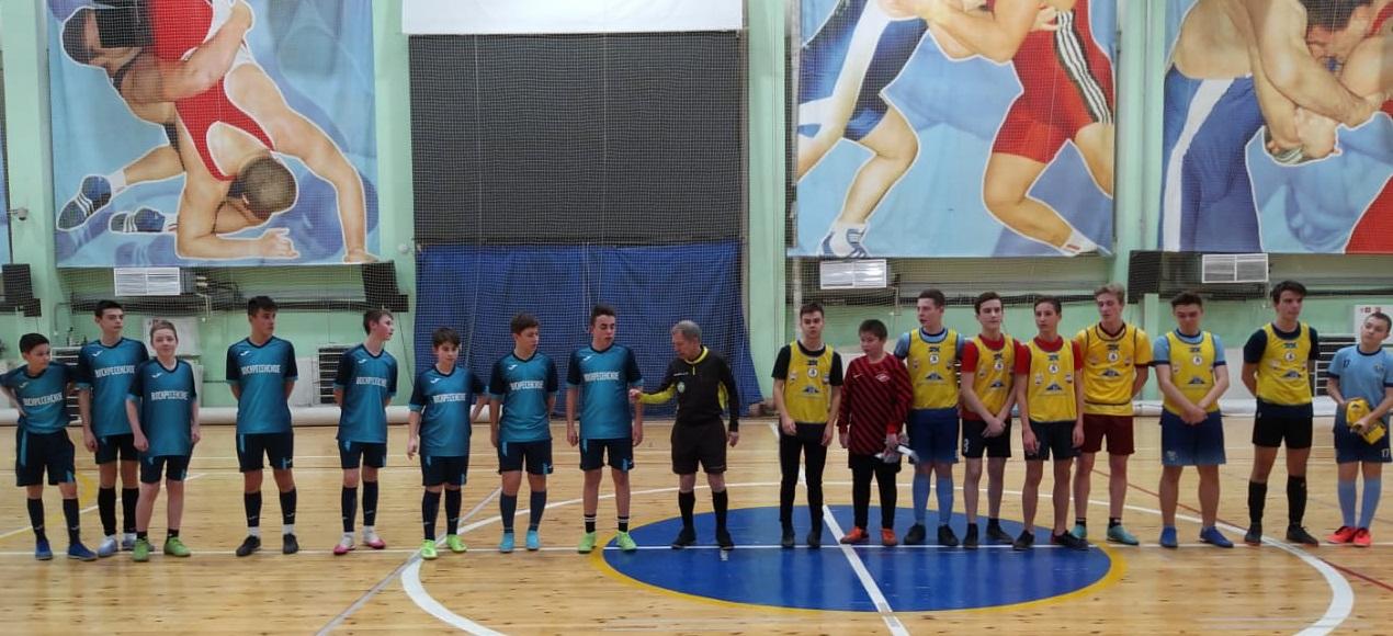 Спортсмены из поселения Воскресенское выиграли матч по мини-футболу