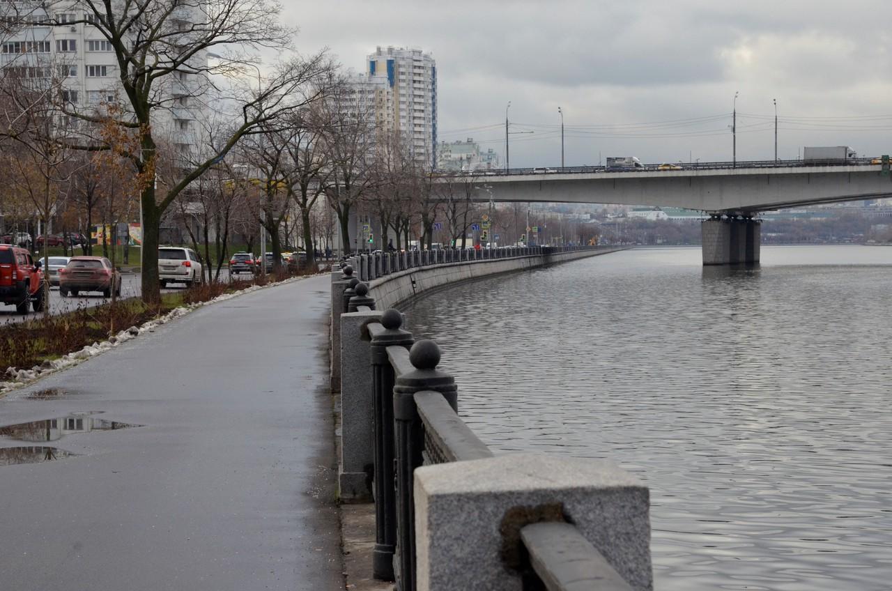 Москвичам пообещали облачную погоду во вторник