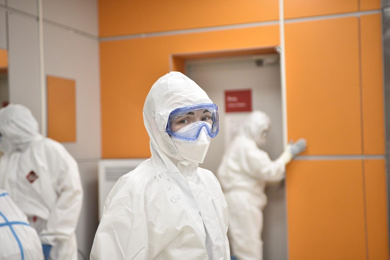 Свыше 3,2 тысячи случаев коронавируса выявили в Москве за сутки