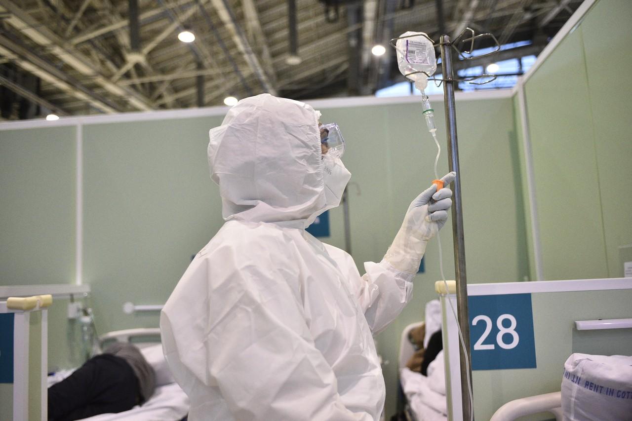 Почти тысяча человек вылечились от коронавируса в Москве за сутки