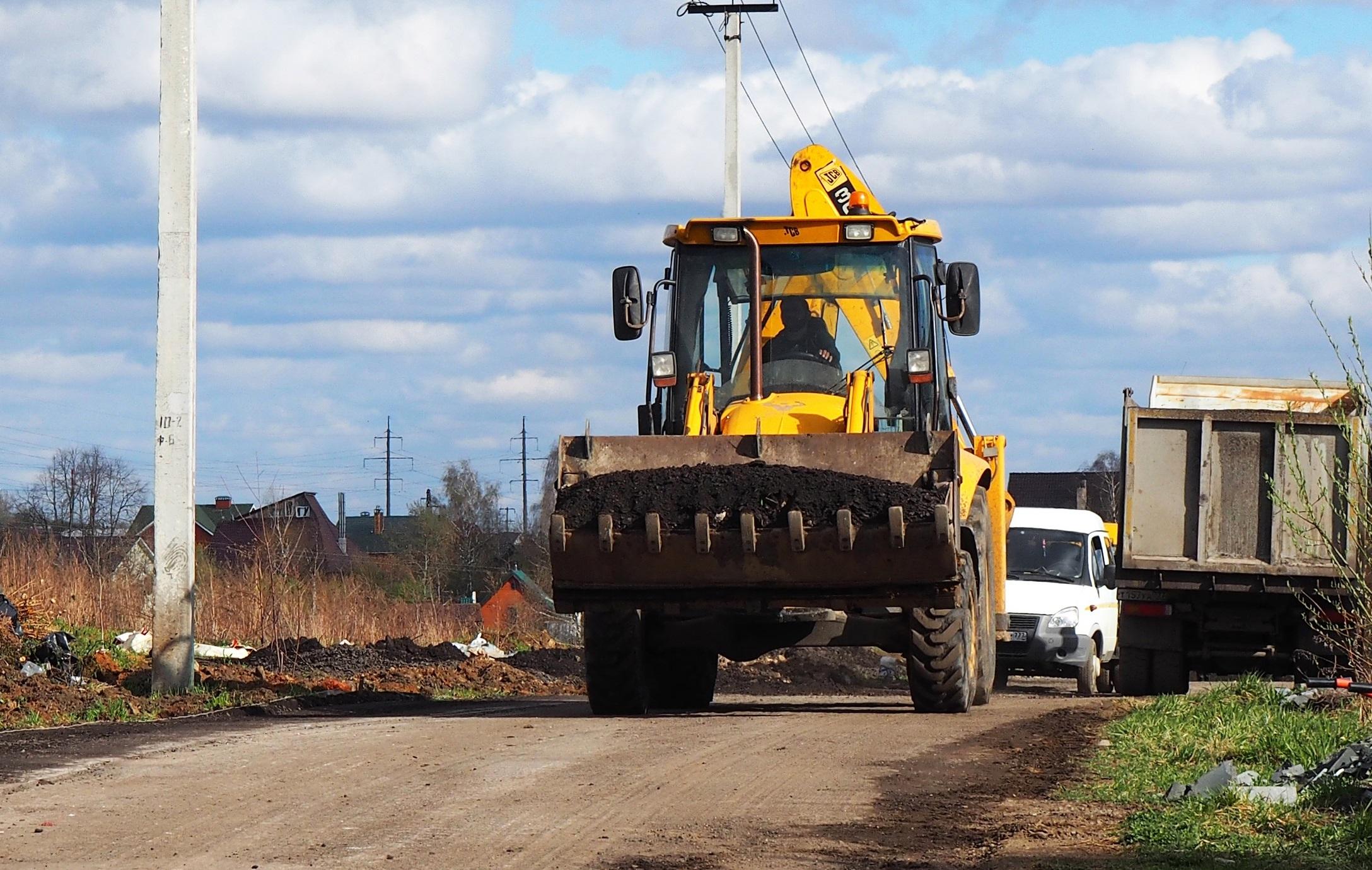 Дорожные работы продолжаются в Рязановском