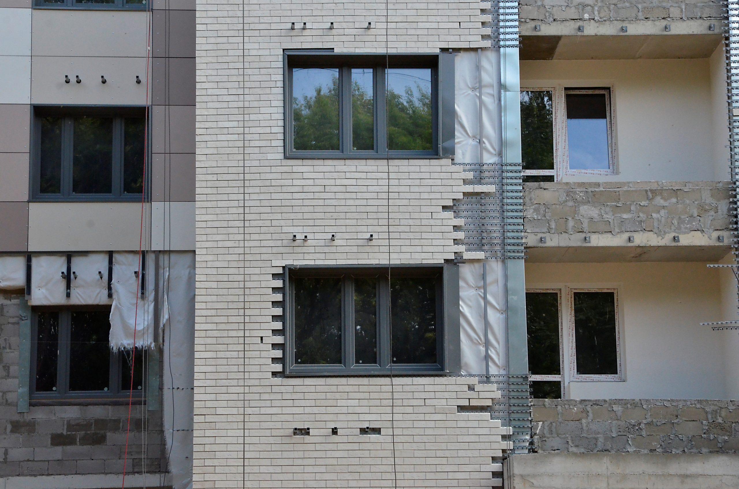 Город выставил на продажу четыре участка в Новой Москве под индивидуальное строительство
