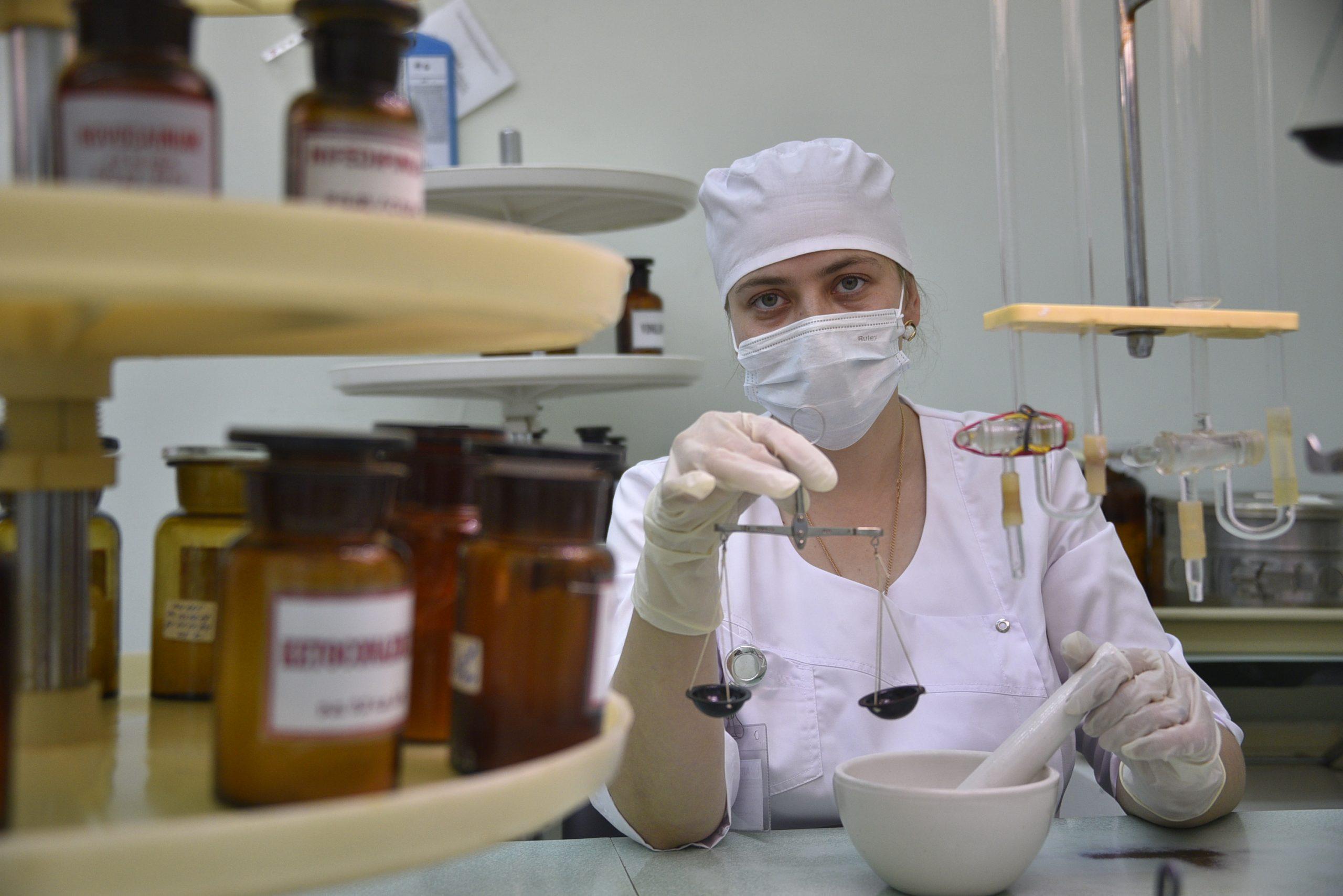 Испытания нового препарата от коронавируса начнут в столице
