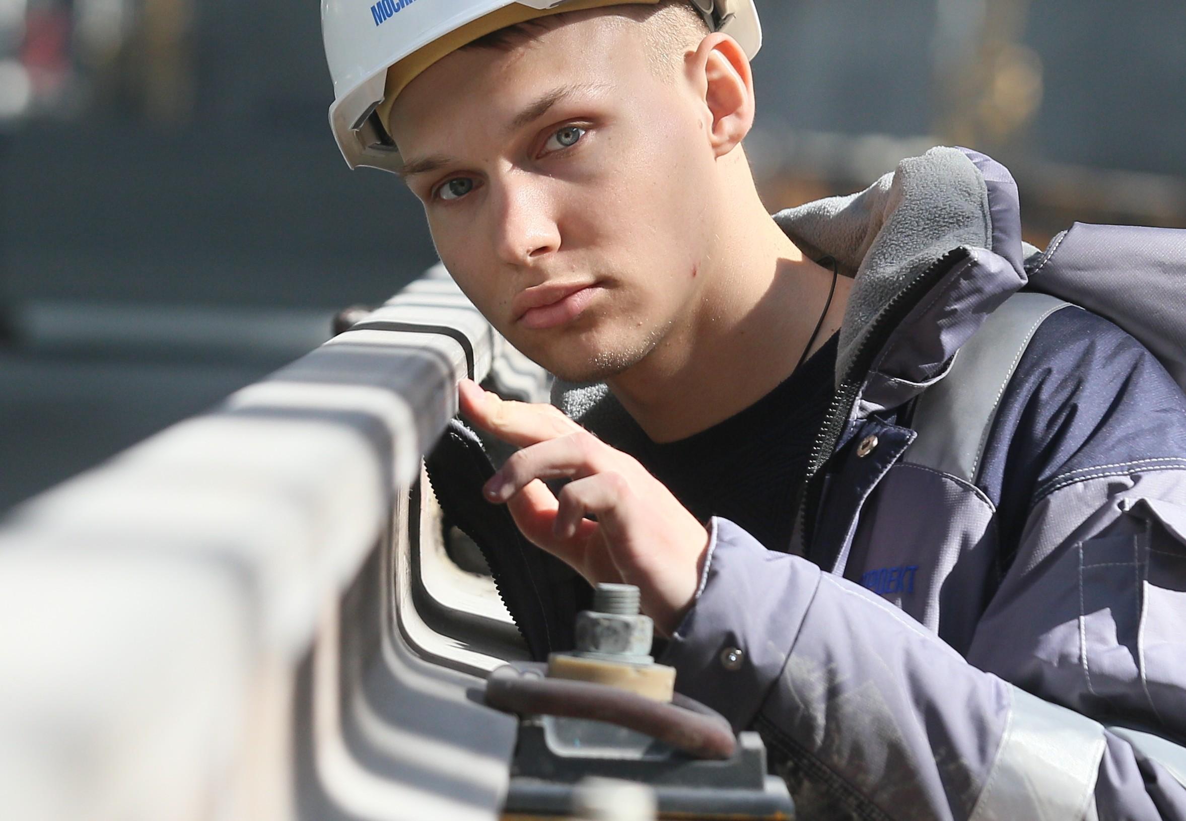 Москвичей научат рабочим специальностям