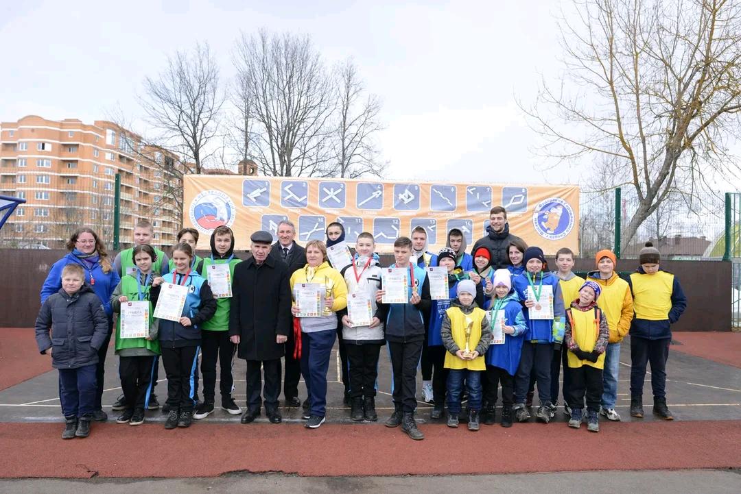 Команда поселения Михайлово-Ярцевское победила в соревнованиях по городошному спорту