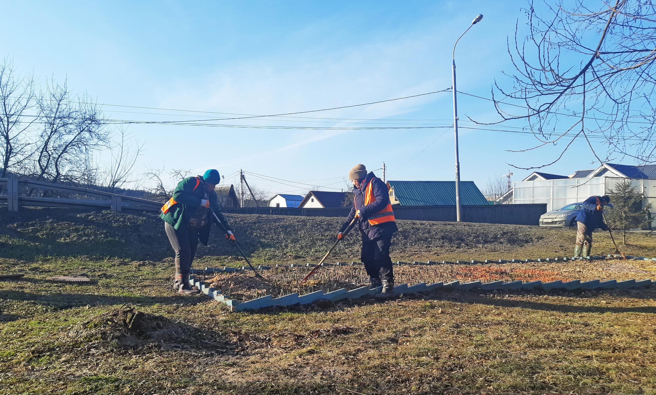 Подготовку к весенне-летнему периоду начали в Рязановском