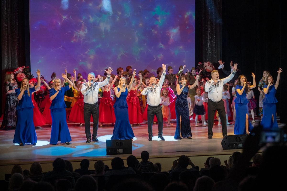 Весенний бал провели во Дворце культуры «Московский»