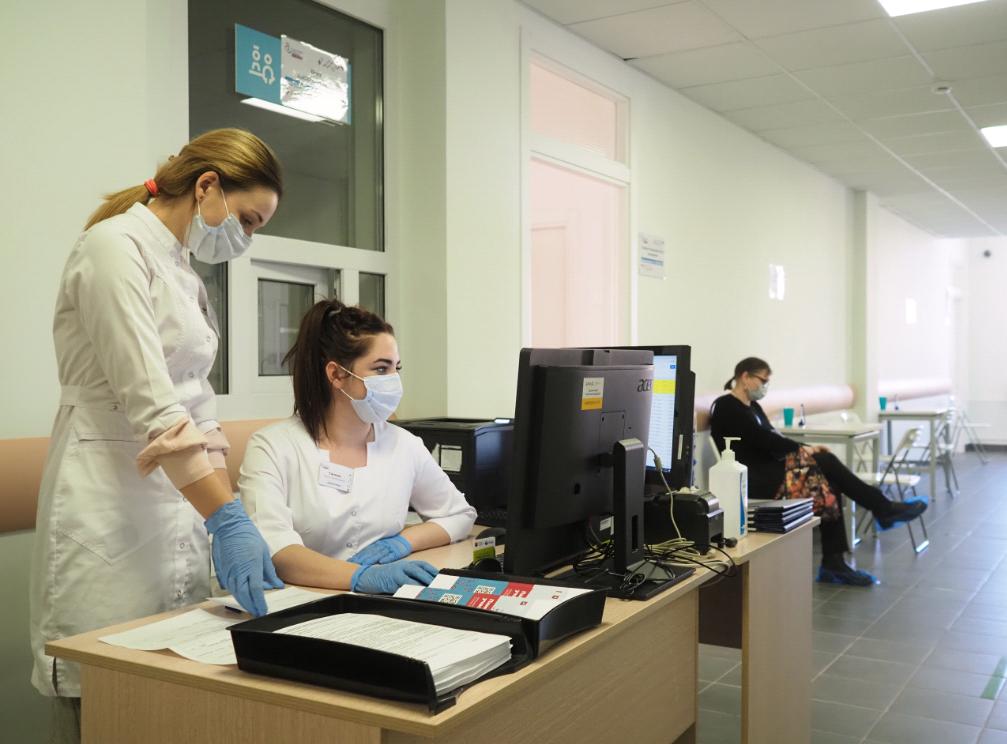 Дополнительные пункты вакцинации открыли в торговых центрах Москвы