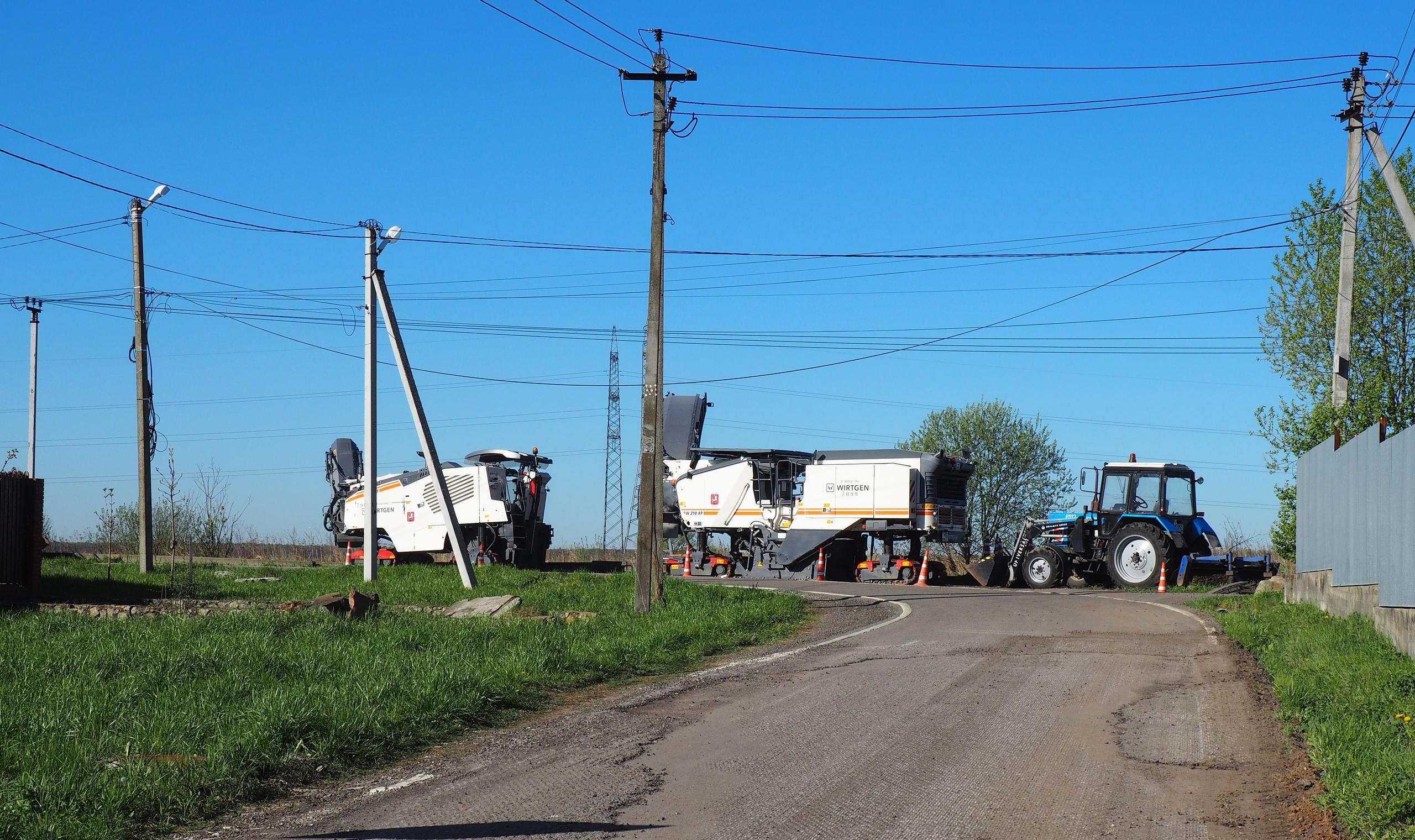 Специалисты заменят покрытие подъездной дороги в поселении Рязановское