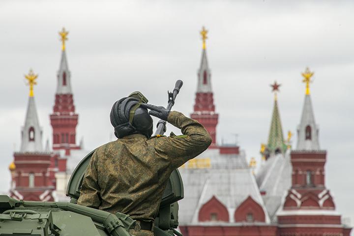 Роговчанин принял участие в Параде Победы на Красной площади