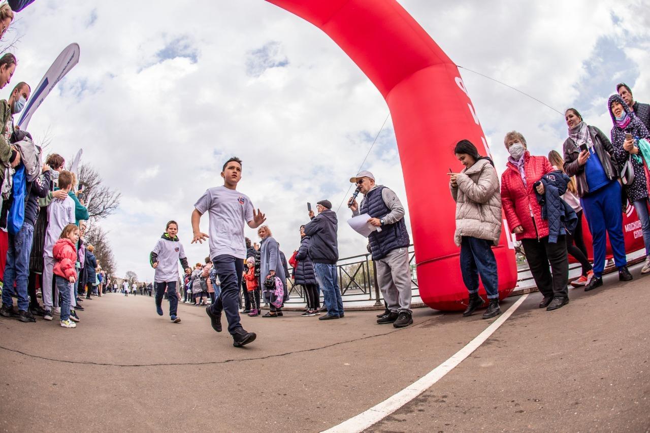 Лучших спортсменов-скороходов определили в Вороновском