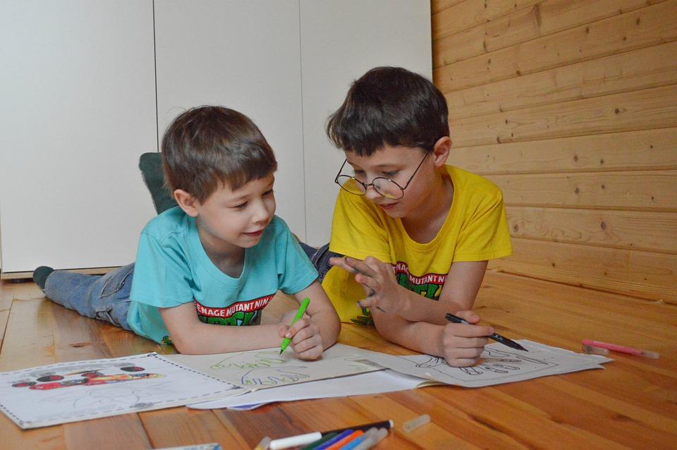 Конкурс рисунков ко Дню защиты детей проведут в Центре культуры и спорта «Филимонковское»