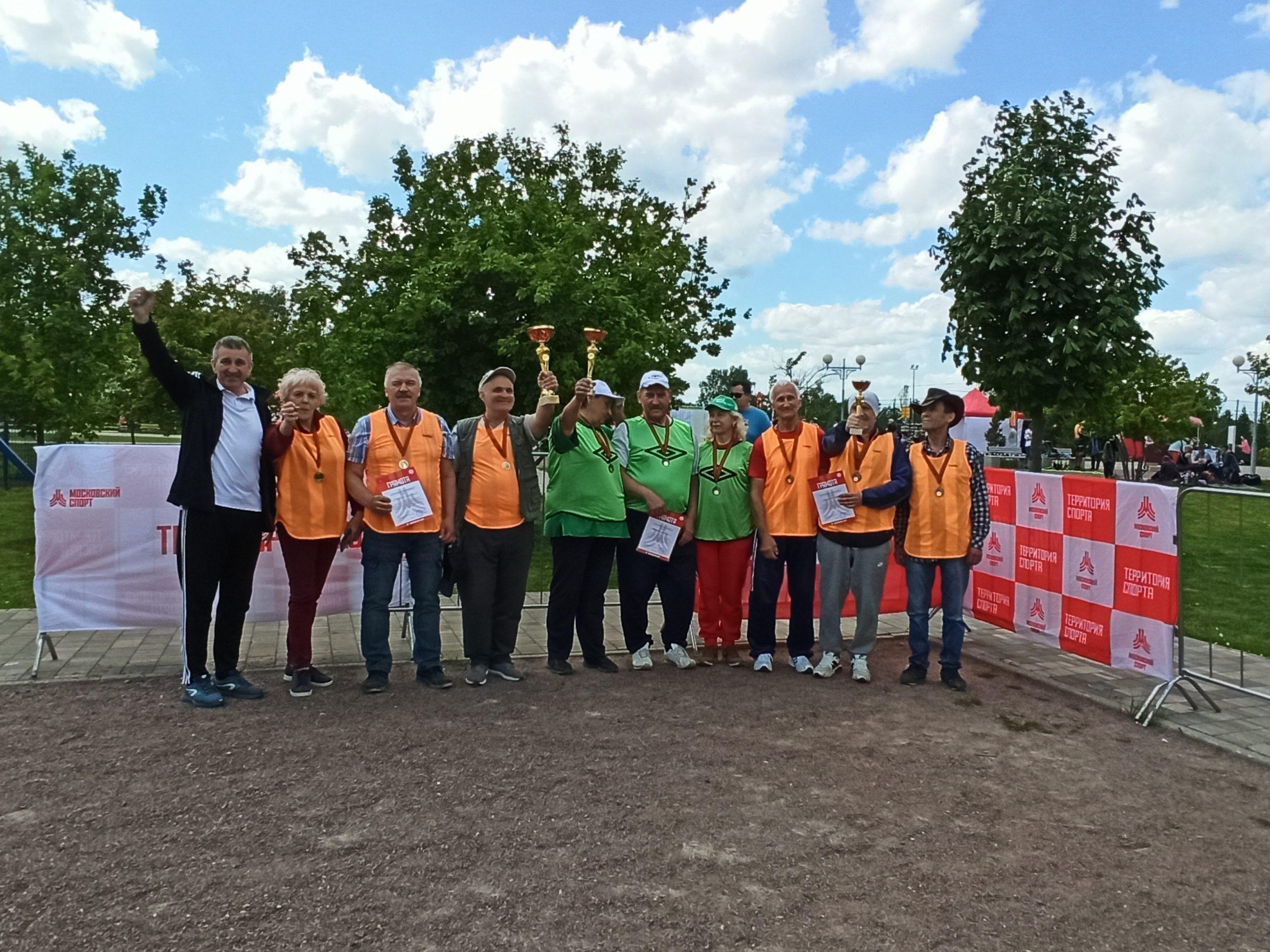 Команды из поселения Михайлово-Ярцевское стали участниками спортивного праздника