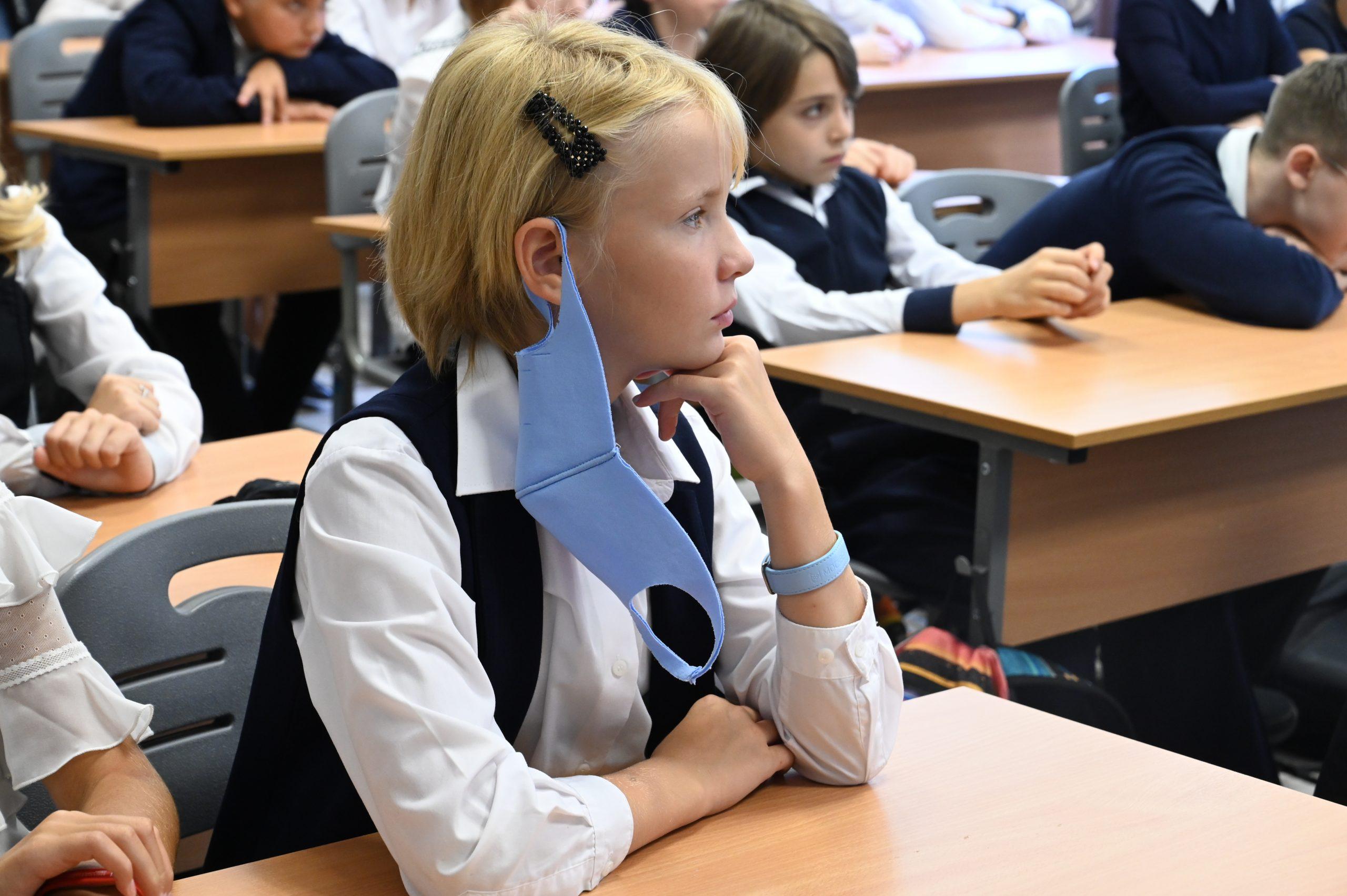 Сотрудники школы №2120 провели отчетное занятие кружка «Умники и умницы»