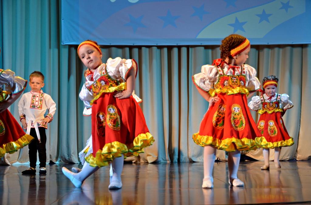 На сцене выступили творческие коллективы Новой Москвы. Фото: архив,«Вечерняя Москва»