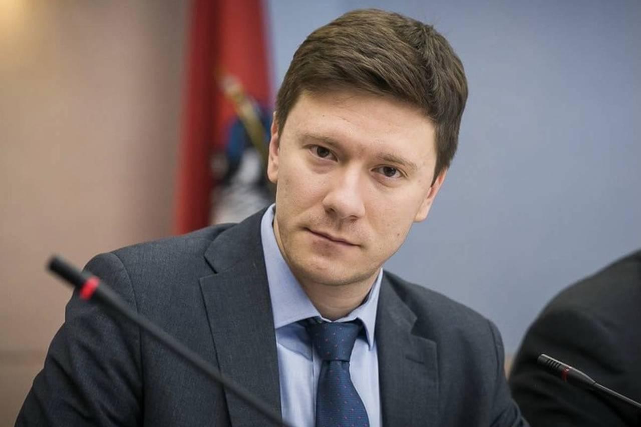 Депутат МГД Козлов обсудил с москвичами реализацию программы реновации на онлайн-встрече