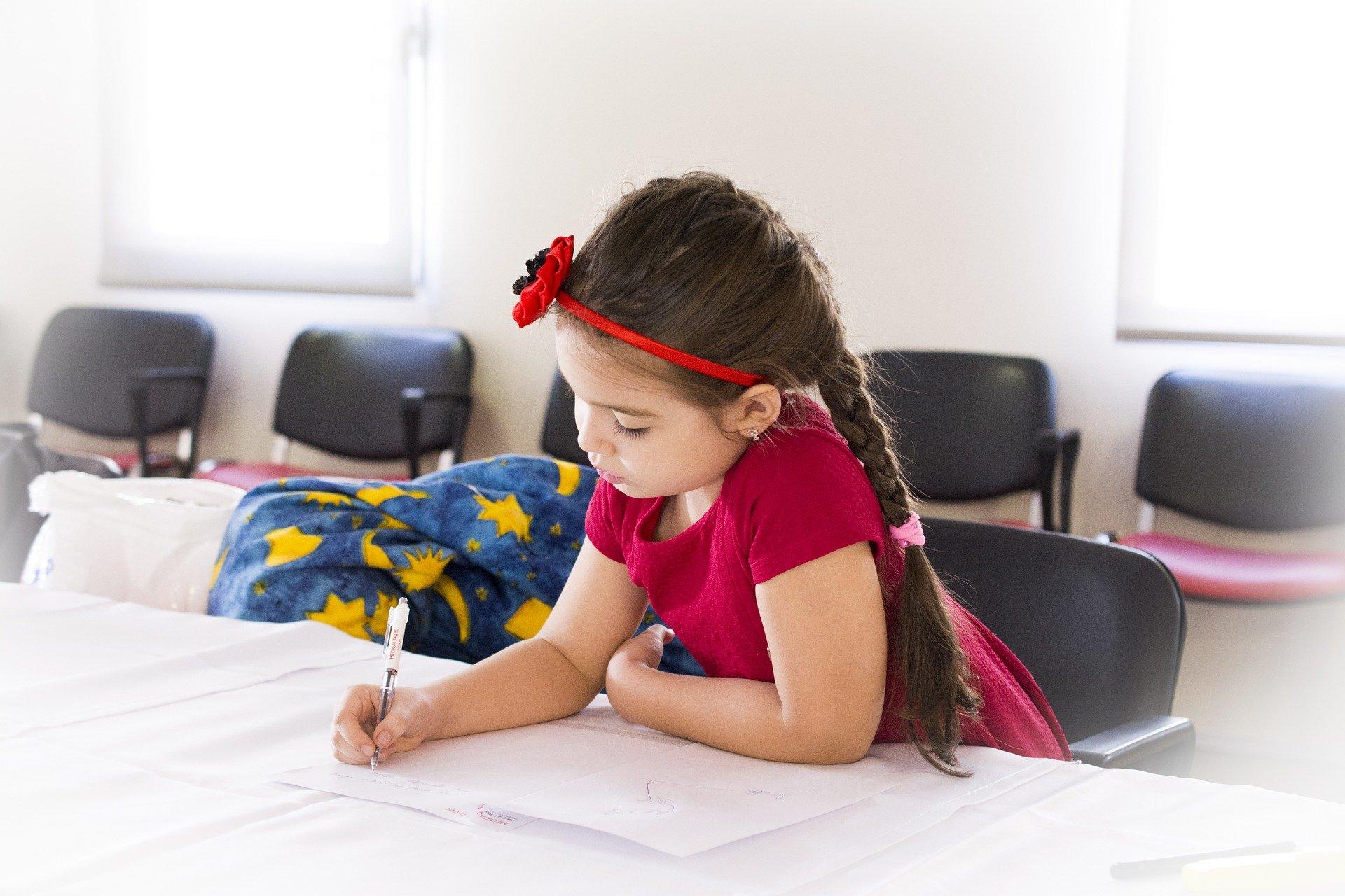 Мастер-класс «Искусство красивого письма» прошел в Культурном центре «Киевский»