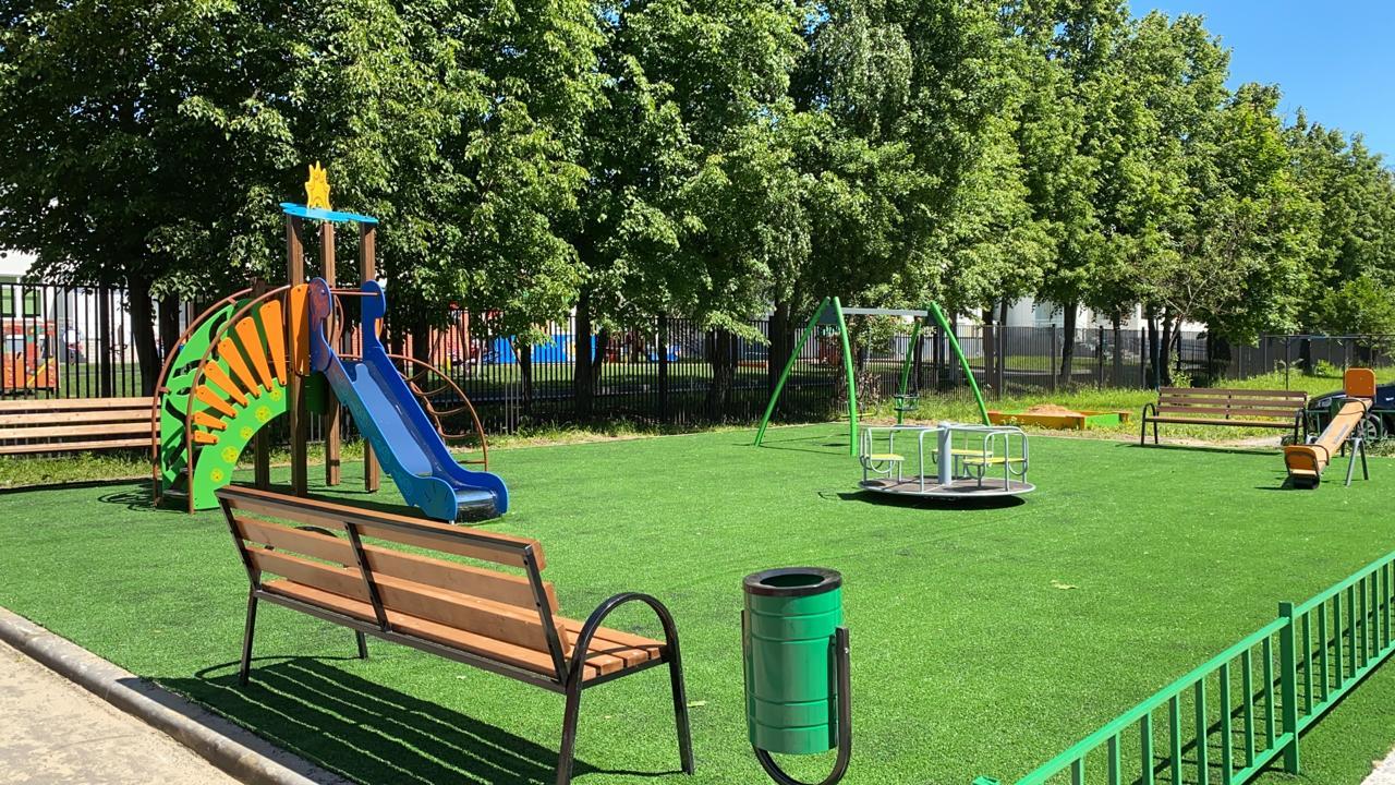 Детскую и спортивную площадки благоустроили в селе Кленово