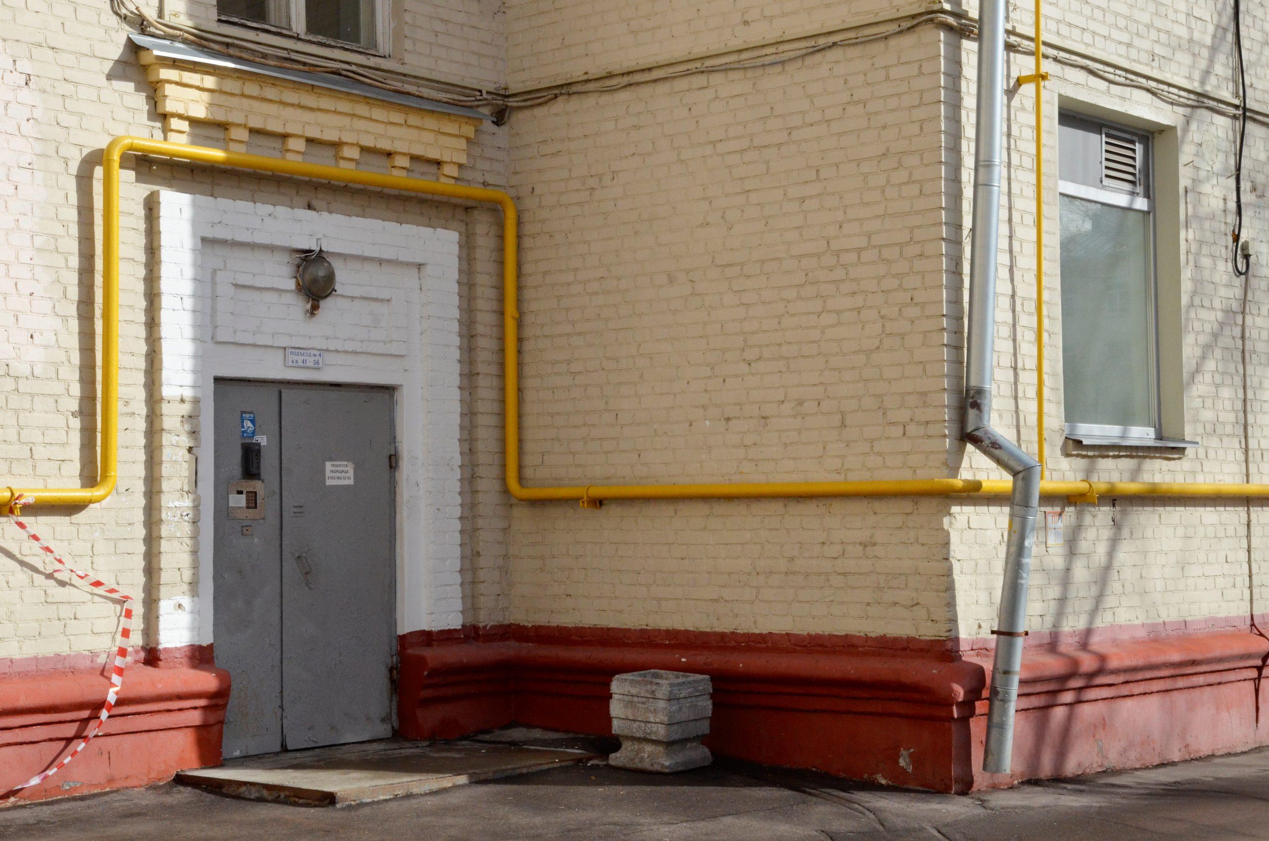Специалисты проверят подвалы и чердаки в домах в Новофедоровском