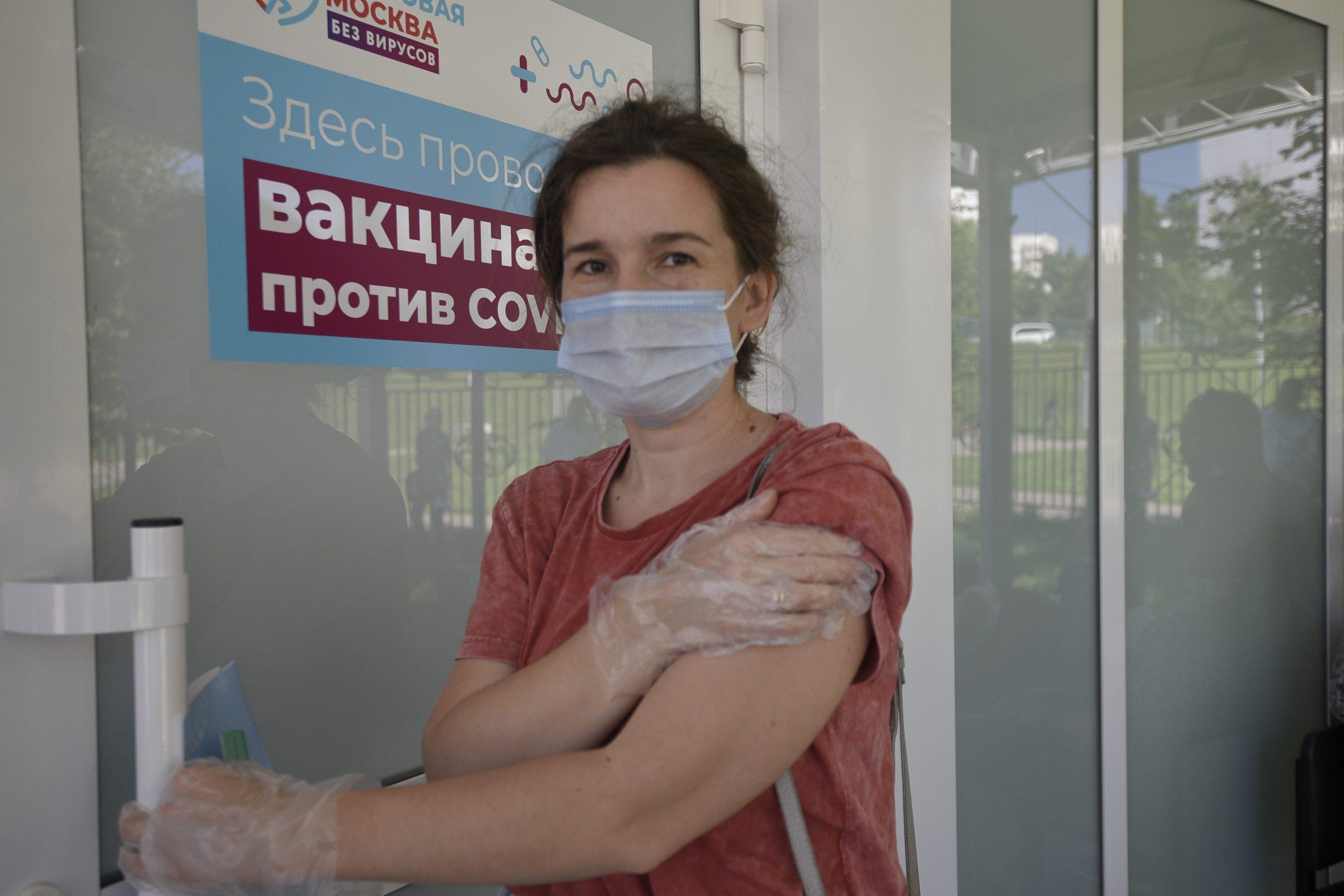 За последние сутки в России выявили 22 420 случаев заражения коронавирусной инфекции