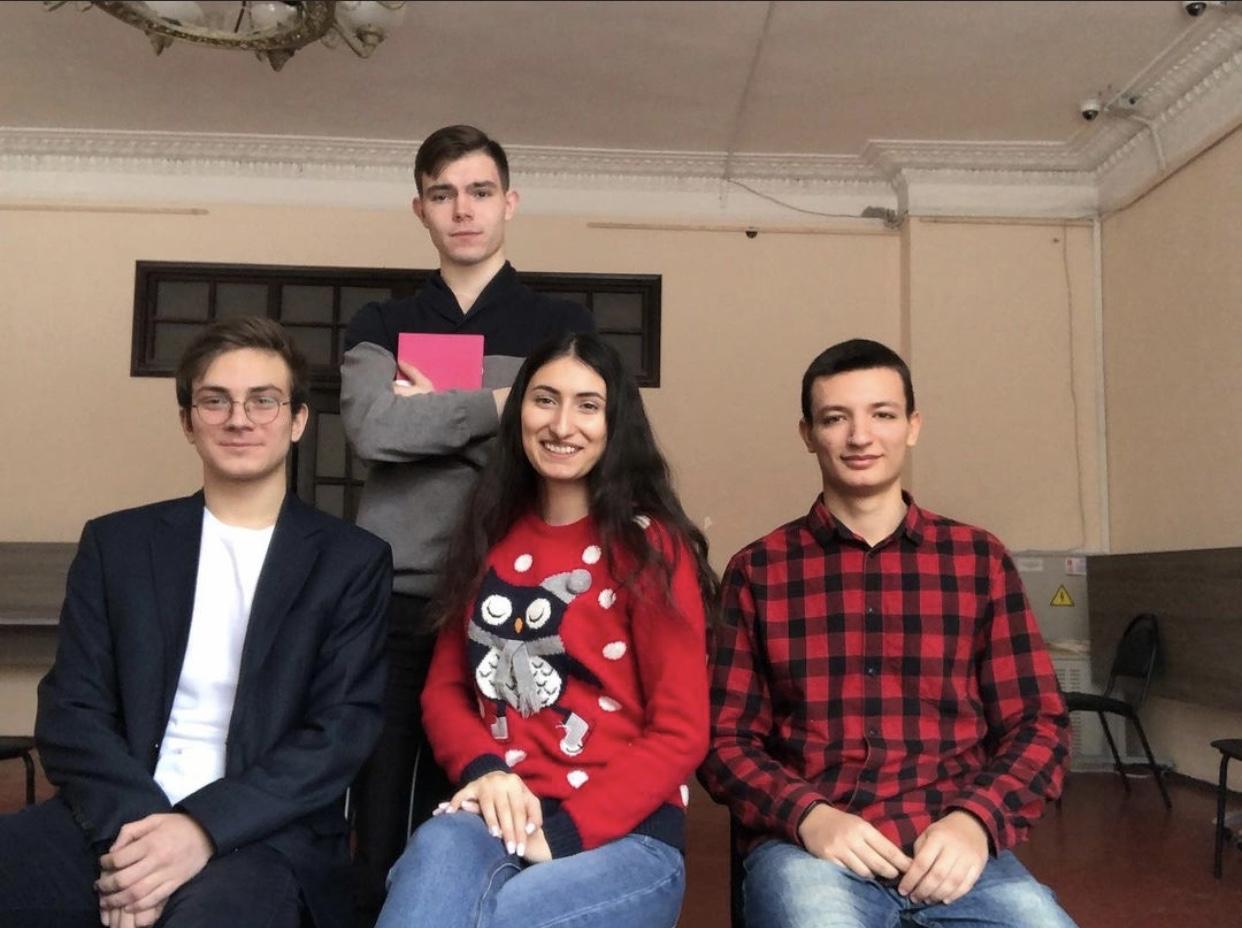 Представители Молодежной палаты Щербинки «Феникс» провели собрание