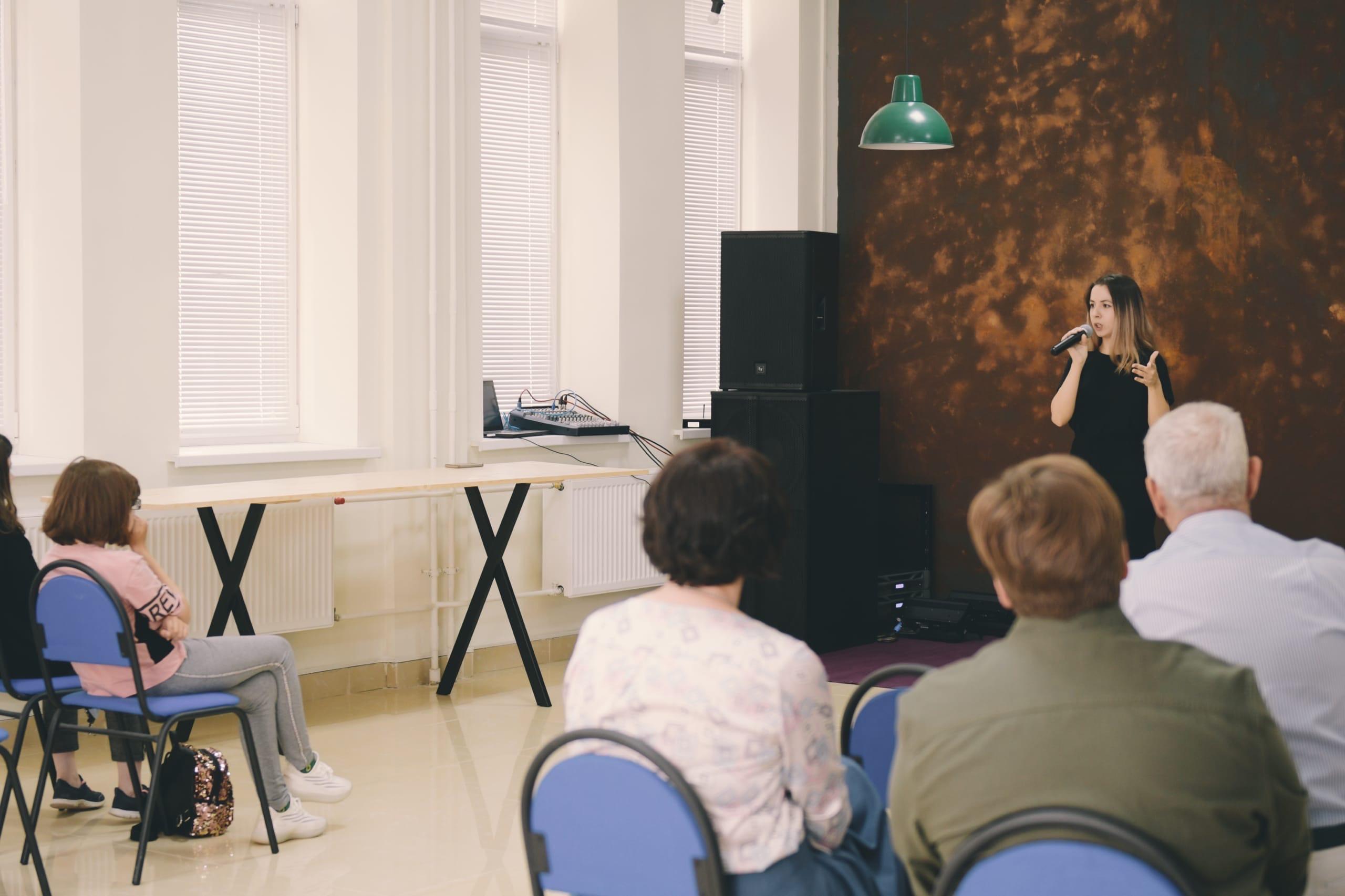 Мероприятие «Театральная терапия» организовали сотрудники Культурного центра «Киевский»