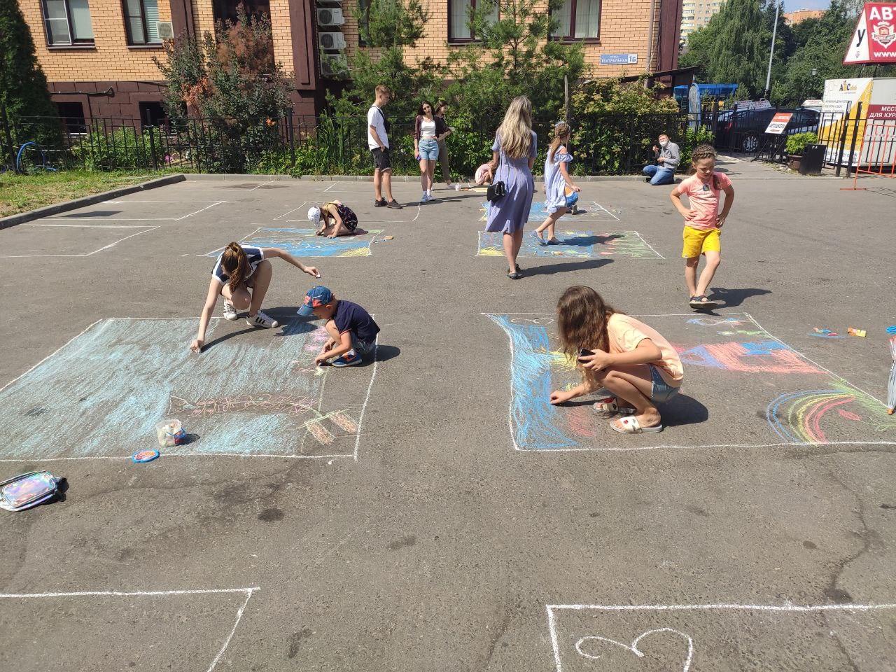 Активисты Молодежной палаты «Феникс» Щербинки провели детское мероприятие