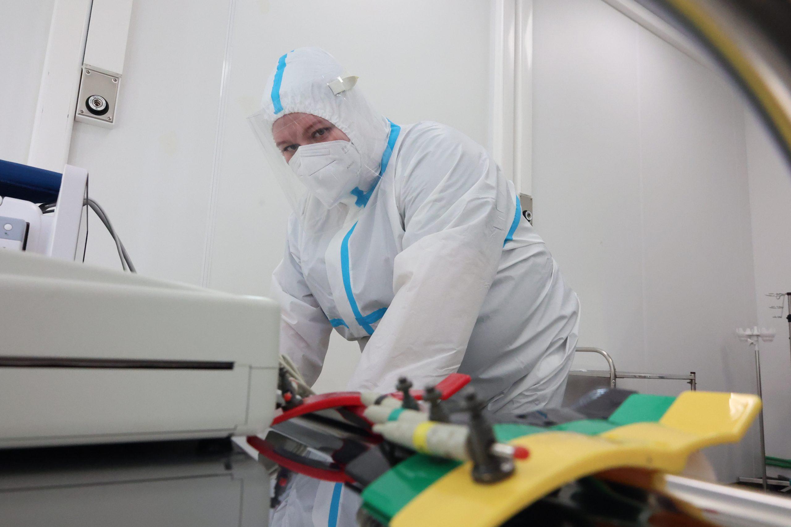 Более 3,3 тысячи случаев заражения коронавирусом подтвердили в Москве за сутки