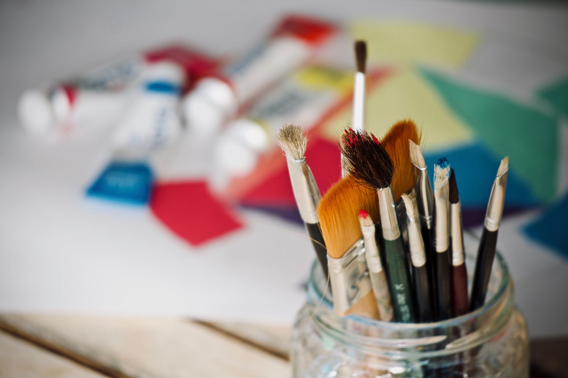 Встречу кружка «Юный художник» организовали сотрудники библиотеки №263 в Десеновском