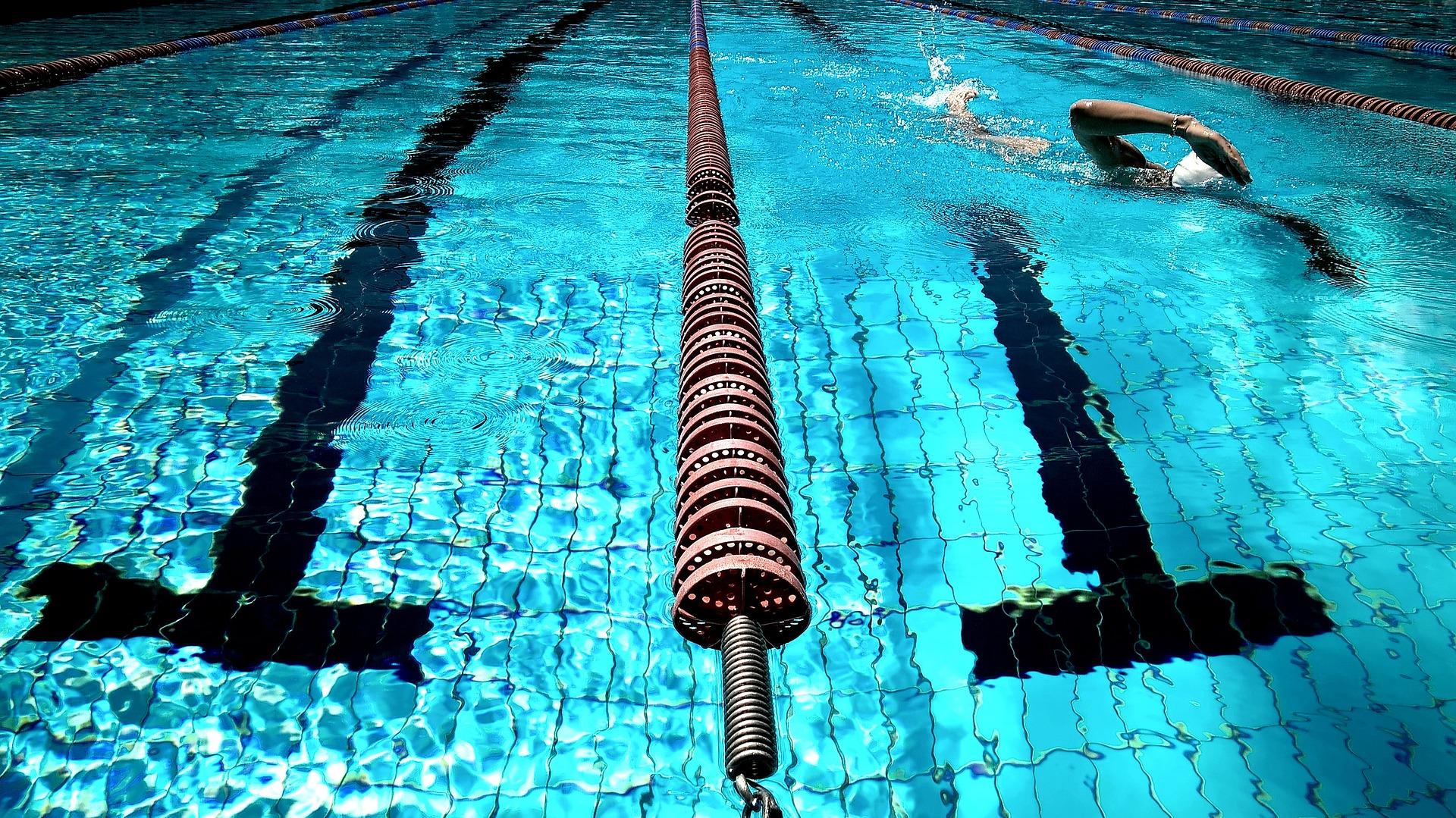 Фитнес-клуб с бассейном построили в Сосенском