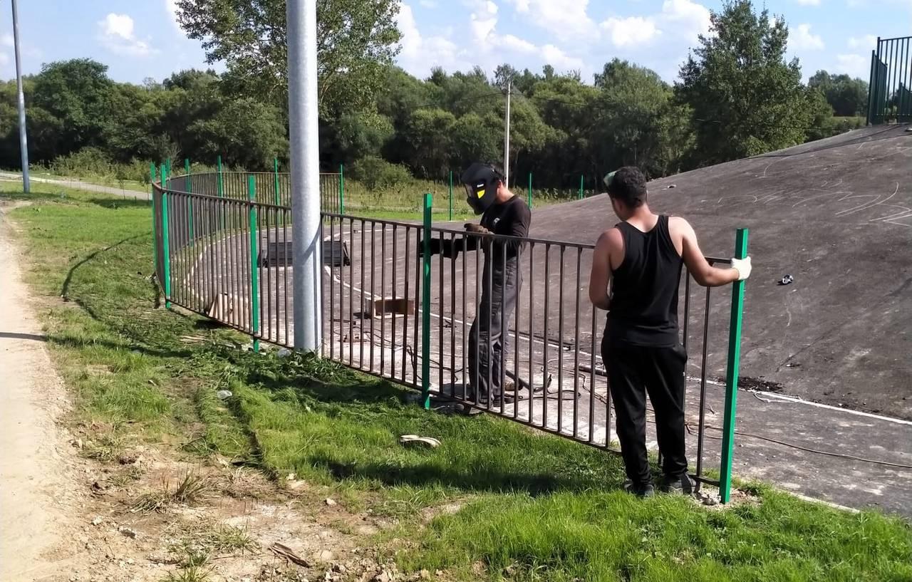 Продолжается благоустройство знакового объекта в поселении Роговское