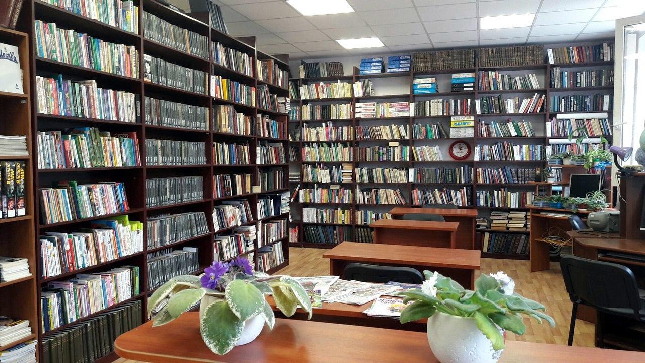 Сотрудники библиотеки №2 в Троицке организовали выставку