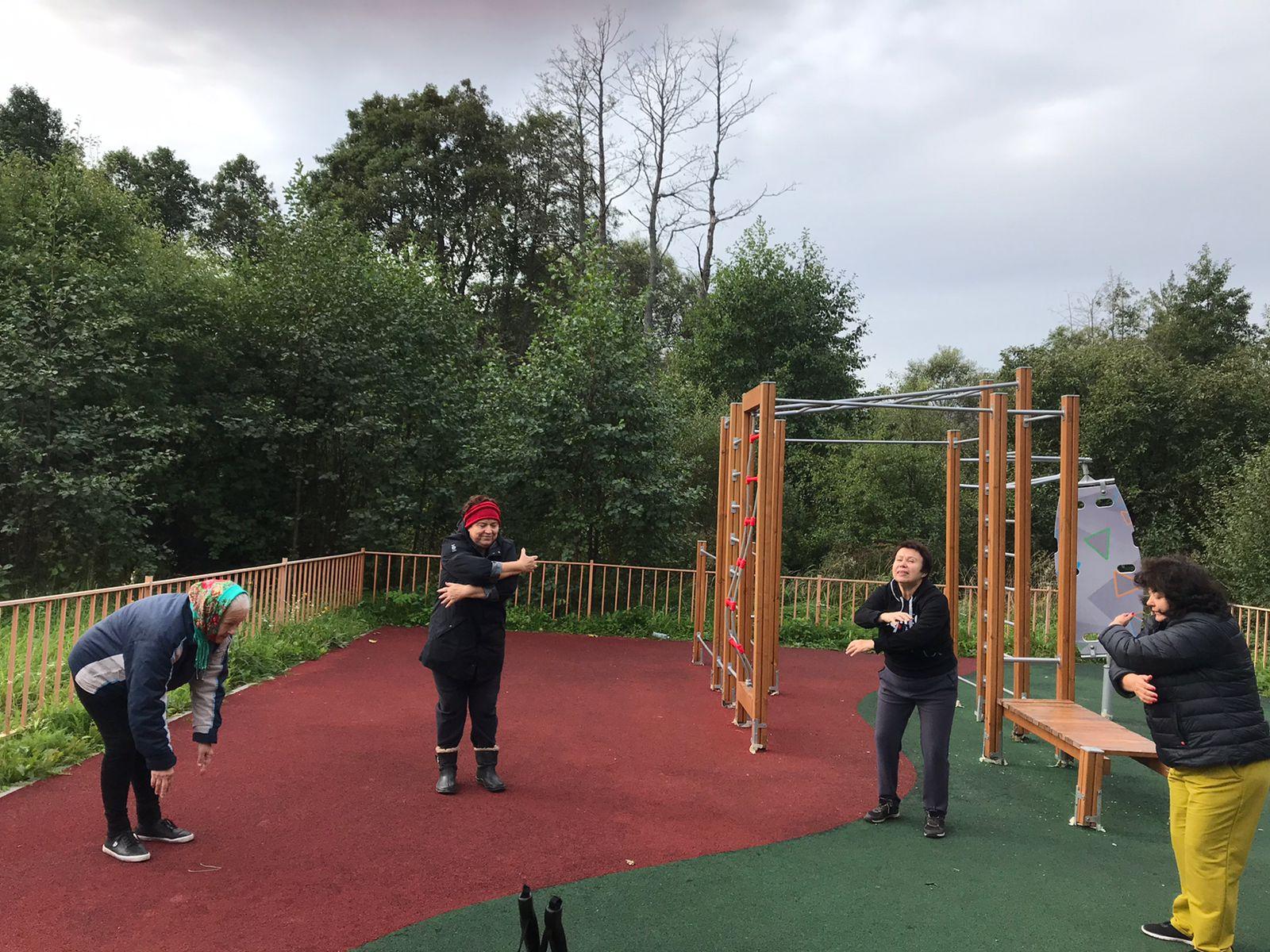 Жители Роговского приняли участие в спортивном занятии