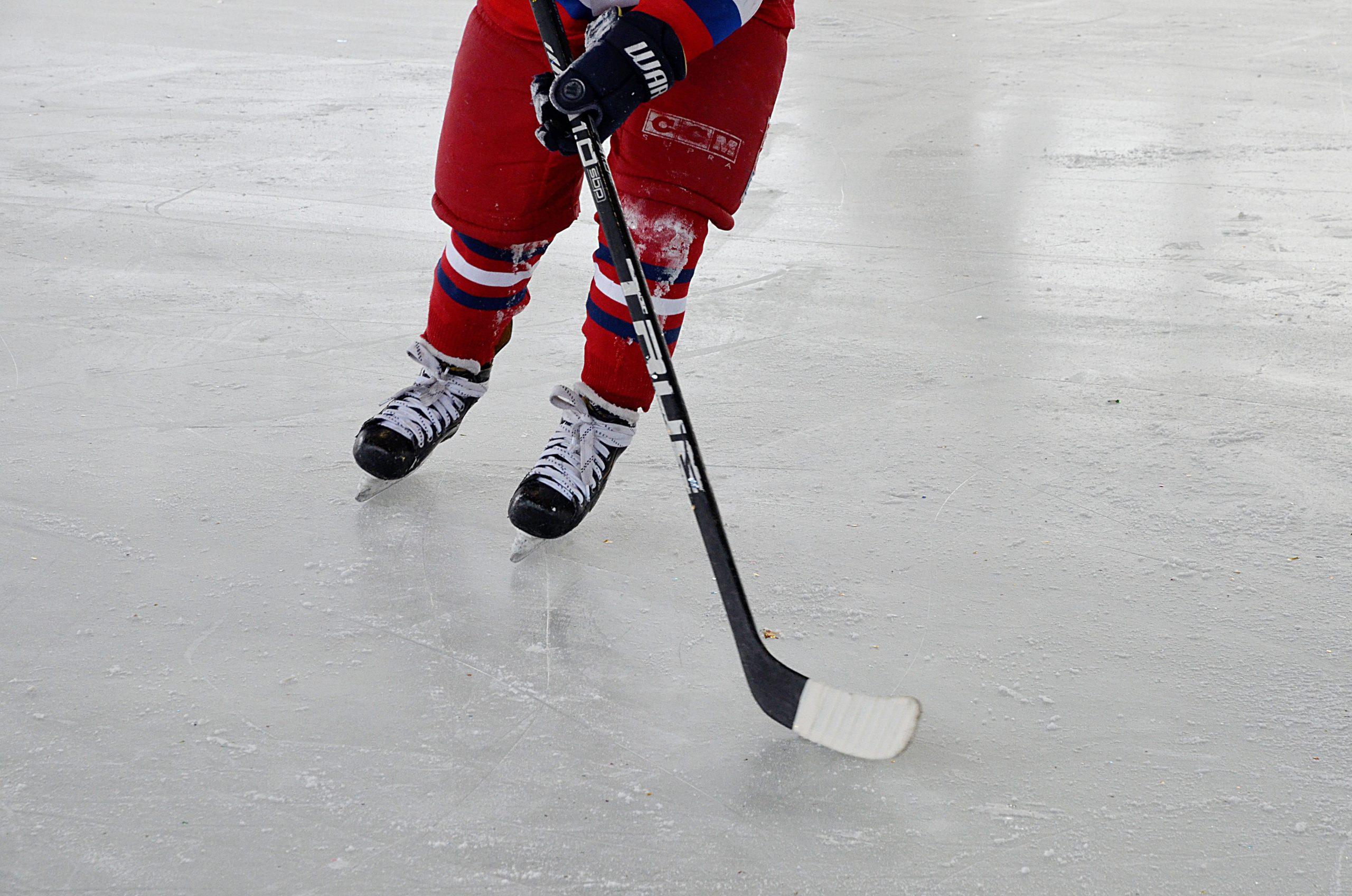 Хоккеисты из Кленовского завершили подготовку к соревнованиям