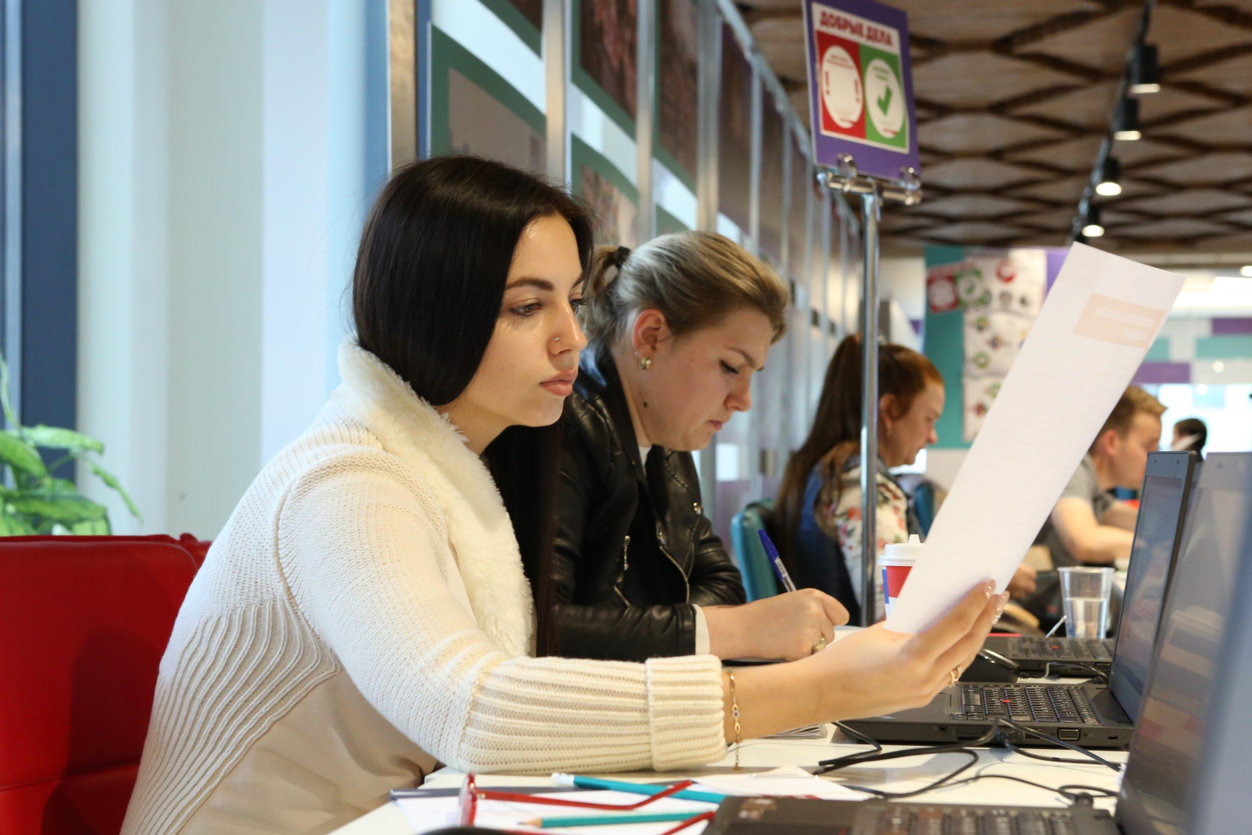 Учащиеся средних специальных учебных заведений города предложат свои инициативы на конкурсе «Доброволец Москвы — 2021»