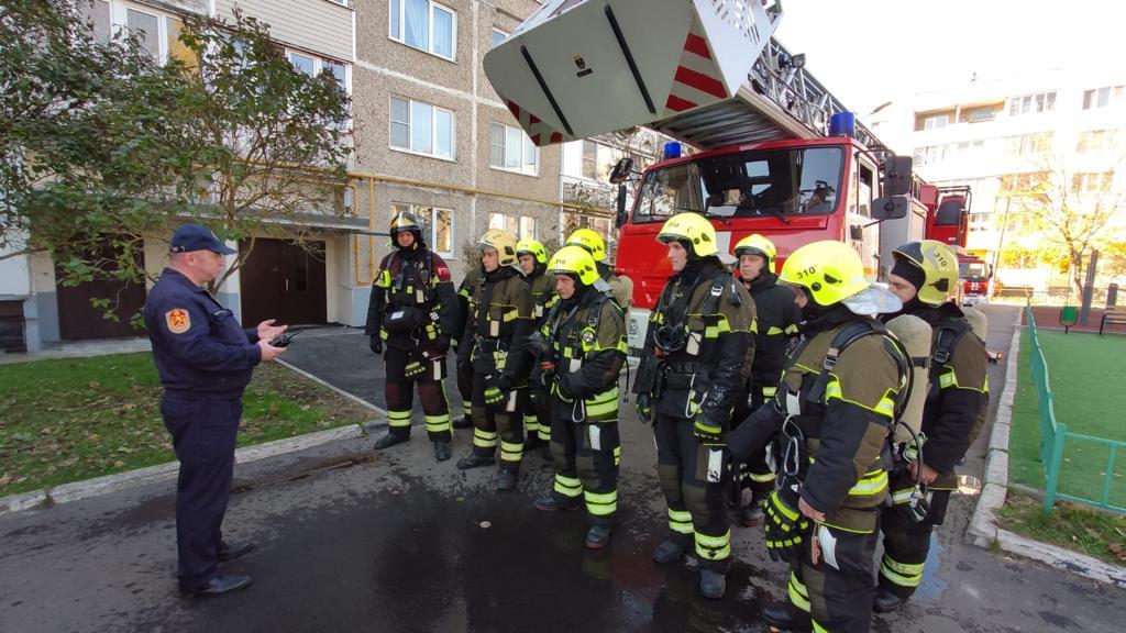 Пожарные из Кленовского приняли участие в учениях